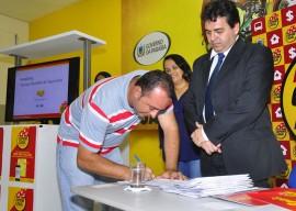 17.02.14 Lotep entrega de premio fotos joao francisco 152 270x192 - Cupom Legal entrega prêmios em dinheiro a 10 ganhadores paraibanos