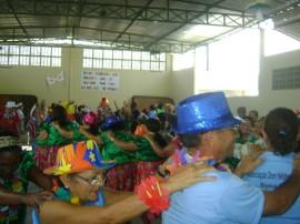 26 02 2014 Carnaval CSU Mandacarú 9 270x202 - Governo realiza prévias carnavalescas para pessoas da terceira idade