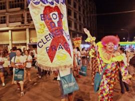 Clementino Fraga FOTO Ricardo Puppe 3 270x202 - Bloco do Clementino Fraga leva saúde para abertura do Folia de Rua
