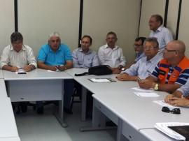 Reunião na Semarhct2 270x202 - Governo do Estado discute ações para enfrentar prolongamento da seca