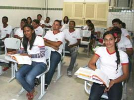 educacao jovens adultos1 270x202 - 50 mil vagas para educação de jovens e adultos