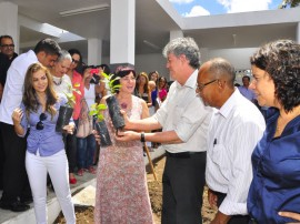 see abertura do ano letivo das escolas estaduais em 2014 foto roberto guedes 201 270x202 - Ricardo abre ano letivo e destaca R$ 105 milhões em investimentos