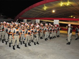 seguranca pm e bombriro no bloco picole de manga 1 270x202 - Forças de segurança registram 36 ocorrências no Folia de Rua
