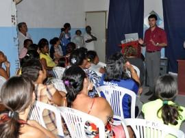 10 03 14 Palestra na Comunidade S.Brito 11 270x202 - Governo promove ações em João Pessoa, Campina Grande e Capim
