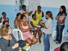 10 03 14 Palestra na Comunidade S.Brito  270x202 - Governo promove ações em João Pessoa, Campina Grande e Capim