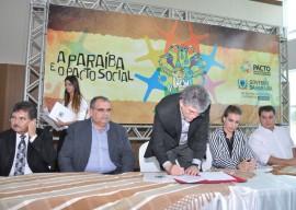 17.03.14 pacto social fotos roberto guedes 3 270x192 - Pacto pelo Desenvolvimento Social é elogiado por gestores de diferentes regiões da Paraíba