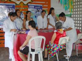 20.03.14 baile carnaval csu santarita 1 270x202 - Governo promove baile carnavalesco para idosos em homenagem ao Dia da Mulher