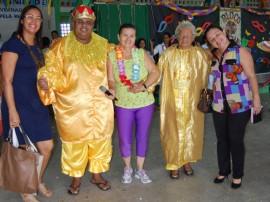 20.03.14 baile carnaval csu santarita 2 270x202 - Governo promove baile carnavalesco para idosos em homenagem ao Dia da Mulher