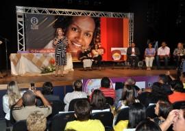 25.03.14 gov fatima bezerra cg 10 270x192 - Governadora entrega Prêmio Ceci Melo de Participação Social em Campina Grande