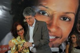 8 DE MARÇO 81 270x179 - Ricardo lança campanha, entrega créditos e aparelhos do SOS Mulher