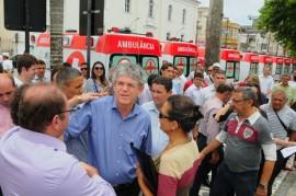ENTREGA DE AMBULÂNCIA 11 270x179 - Ricardo entrega ambulâncias que vão beneficiar 300 mil paraibanos