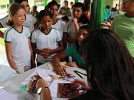 FOTO Ricardo Puppe5 270x202 - Governo participa da vacinação contra vírus HPV na cidade de Alagoinha