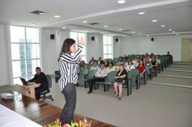Foto 5 270x179 - Defensores discutem atendimento às mulheres vítimas de violência em Curso de Capacitação