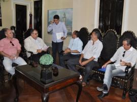 romulo recebe prefeito princesa isabel foto walter rafafael 2 270x202 - Rômulo Gouveia discute parcerias com prefeitos do Cariri e Sertão