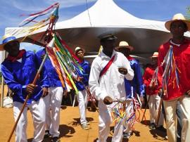 26.04.14 quilombola sao joao fotos roberto guedes 270x202 - Governo da Paraíba anuncia qualificação para comunidade quilombola em Pombal