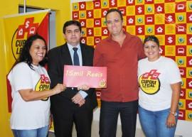 Fotos da entrega de prêmios do Cupom Legal 12 270x193 - Cupom Legal entrega prêmios e realiza último sorteio de abril