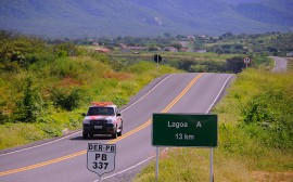 LAGOA 31 270x168 - Governo entrega rodovia e autoriza reforma de escola em Lagoa