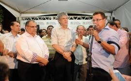 TAPEROA PREFEITO 25 270x168 - Ricardo inaugura adutora e beneficia mais de 12 mil pessoas