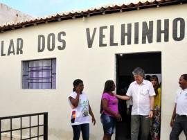 lar dos velhinhos em patos foto francisco frança 14 portal 270x202 - Ricardo visita abrigo de idosos beneficiado pelo Projeto Acolher
