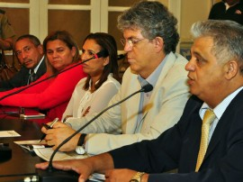 reuniao monitorameto foto francisco frança 1 1 270x202 - Paraíba mantém redução de homicídios no 1º trimestre de 2014