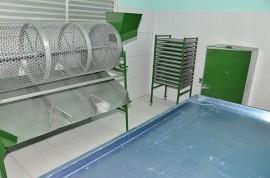 03.05.14 equipamentos benificiamento de castanhas fotos alberi pontes2 270x178 - Cooperar entrega equipamentos a produtores de Dona Inês e Tacima
