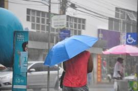 05.05.14 CHUVA FOTOS WALTER RAFAEL 61 270x179 - Tempo instável provoca chuva no Litoral, Brejo e Agreste da Paraíba