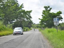 07.05.14 rodovia PB 075 guarabira alagoa grande.foto roberto guedes 34 270x202 - Governo vai restaurar 53 km de rodovias e beneficiar mais de 140 mil pessoas
