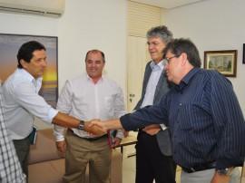 08.05.14 audiencia energisa.fotos roberto guedes 151 270x202 - Governo do Estado e Energisa discutem parcerias para acelerar ações de infraestrutura na Paraíba