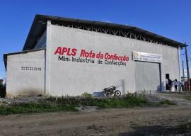 10.05.14 adecam.queimadas.fotos roberto guedes 7 270x192 - Governo da Paraíba viabiliza unidade de confecções em Queimadas