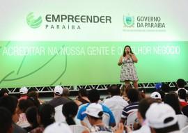 16.05.14 atendimentos liberado credito feira empreender 3 270x191 - Governo do Estado libera R$ 200 mil e atende 700 na Feira do Empreendedor