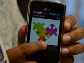 Ass Programa Mulher Protegida SOS MULHER 05 05 14  109 270x202 - Mulheres em situação de violência começam a receber aparelhos do SOS Mulher