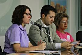 FALA SEC EXECUTIVA DA SAÚDE CLAUDIA VERAS FOTO Ricardo Puppe  270x180 - Médicos e enfermeiros do Estado discutem prevenção do câncer de mama