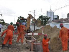 Implantaçao de subadutoras Foto Waldeir Cabral1 270x202 - Investimentos de R$ 326 milhões vão garantir segurança hídrica na Capital