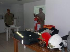 bombeiros programa guardioes do condominio treinamento 15 270x202 - Programa Guardiões do Condomínio é realizado em Campina Grande