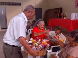 csu mandacaru realiza dia das maes para idosos 6 270x202 - Centro Social Urbano de Mandacaru realiza Dia das Mães para grupo de idosos