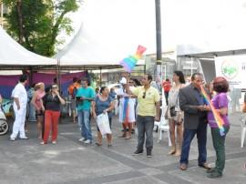defensoria publica atendimento lgbt 2 270x202 - Defensoria Pública atende público no Ponto de Cem Reis pelo Dia Mundial de Combate a Homofobia