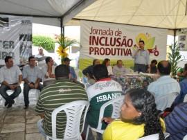 emater e prefeitura de itabaina jornada produtiva parceria de fortalecimento da agricultura familiar 6 270x202 - Governo firma parcerias para fortalecer agricultura na região de Itabaiana