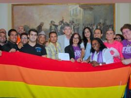 governo assina decreto lgbt semdh foto jose marques 8 270x202 - Governo da Paraíba cria Conselho Estadual dos Direitos de LGBT