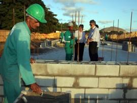 obras do almeidao foto francisco frança 3 270x202 - Governo do Estado inspeciona obras do Almeidão e da Central de Polícia