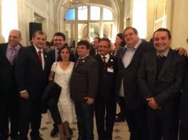 romulo montenegro em paris recebe certificado zona livre de aftosa 1 270x202 - Governo do Estado recebe certificado internacional nesta quinta-feira, em Paris