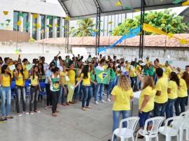 see Projeto em escola Izabel Maria das Neves animam aluno foto diego nobrega 11 270x202 - Projetos da Escola Isabel Maria das Neves incentiva alunos e objetiva melhorar Ideb