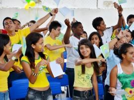 see Projeto em escola Izabel Maria das Neves animam aluno foto diego nobrega 2 270x202 - Projetos da Escola Isabel Maria das Neves incentiva alunos e objetiva melhorar Ideb