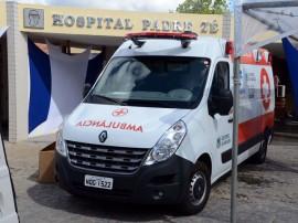 03.06.14 entrega de ambulancia no hospital padre zé fotos roberto guedes 2 270x202 - Hospital Padre Zé ganha ambulância de suporte avançado e 12 novos leitos