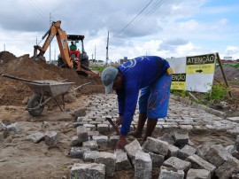 05.06.14 obras perimetral sul fotos roberto guedes 44 270x202 - Governo do Estado conclui 40% das obras da Via Perimetral Sul