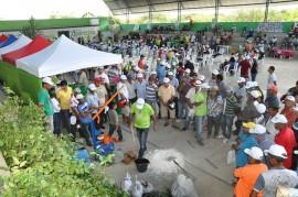 09.06.14 agricultores sousa aprendem combater praga coco 5 270x179 - Agricultores aprendem a combater praga do coco em Jornada de Inclusão