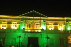 12.06.14 palacio no clima do brasil vall franca 1 270x178 - Em verde e amarelo, Palácio da Redenção estimula torcida pelo Brasil