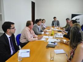 29.05.14 reuniao agencia de regulação fotos antonio david 8 270x202 - Diretoria da ARPB discute parceria com gestores da Aneel