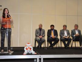 30.06.14 apresentacao robocup fotos roberto guedes 5 270x202 - Governo lança RoboCup2014 com demonstração de robôs na capital