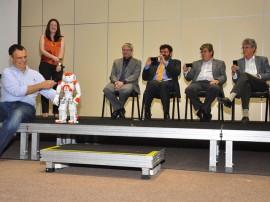 30.06.14 apresentacao robocup fotos roberto guedes 8 270x202 - Governo lança RoboCup2014 com demonstração de robôs na capital