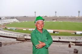 Jose arnaldo almeidao foto francisco frança 63 270x180 - Duzentos operários trabalham na reforma do Estádio Almeidão